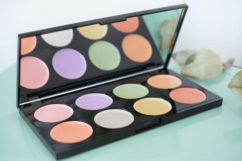 Ultra Base Corrector Palette Makeup Revolution